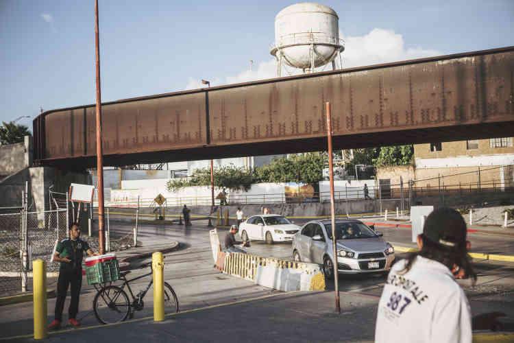 L'entrée du pont entre Brownsville et Matamoros, côté mexicain.