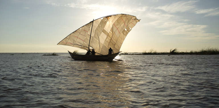 Des pêcheurs sur le lac Turkana, au Kenya, en octobre 2013.