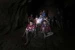 Les enfants et leur entraîneur de foot retrouvés dans une grotte, en Thaïlande, le 2 juillet 2018.