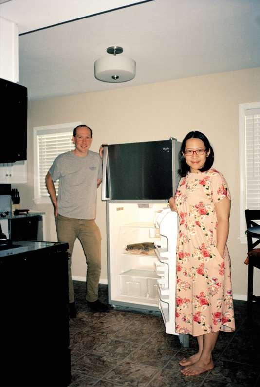 Maria Pacana et Tobin Fricke font chaque année le déplacement depuis Oakland (Californie) pour participer à l'Okie Noodling Tournament.Dans le frigo de leur location, en juin 2017, leur prise du jour.