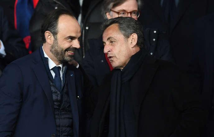 Edouard Philippe et Nicolas Sarkozy, le 6 mars, lors d'un match PSG-Real Madrid, à Paris.