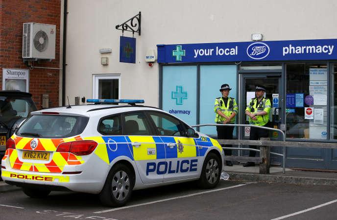 Un couple a été empoisonné au Novitchok à Amesbury (Wiltshire), près de l'endroit où l'ancien agent Sergueï Skripal avait subi le même sort quatre mois auparavant.