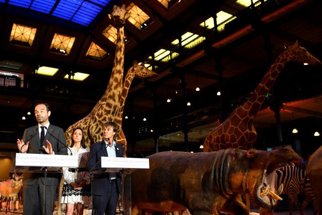 Le premier ministre Edouard Philippe et le ministre de la transition écologique Nicolas Hulot, lors d'un comité interministériel de la biodiversité au Museum national d'histoire naturelle de Paris, le 4 juillet.