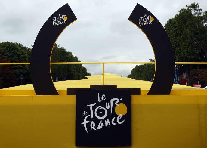 Le podium du 94e Tour de France, en 2007.