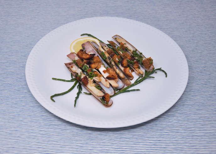 Les couteaux à la salicorne, une assiette pleine de fraîcheur à déguster en entrée ou à l'apéro.