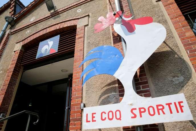 L'entrée de l'usine du Coq sportif à Romilly-sur-Seine dans l'Aube, le 21 juin 2017.
