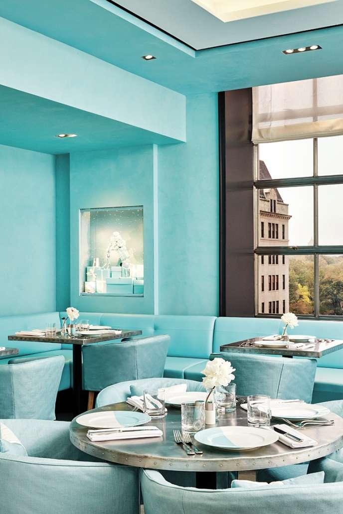 A New York, Tiffany a ouvert The Blue Box Cafe au quatrième étage de son magasin.