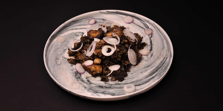 Riz noir en paella : la recette culte d'Alberto Herraiz