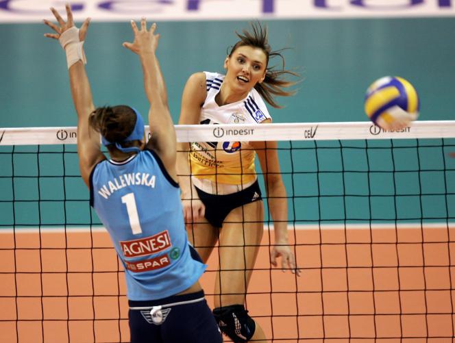 L'ancienne volleyeuse Victoria Ravva a eu des jumelles en 2006 et a mis un terme à sa carrière en 2015, après avoir gagné dix-huit fois la Coupe de France, avec le RCCannes.