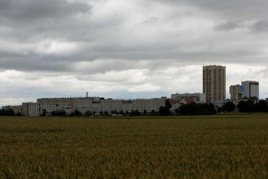 En septembre 2017, le président de la République avait lancé son plan «Logement d'abord», afin de remplacer les logements d'urgence et les nuitées d'hôtel par des solutions plus pérennes.