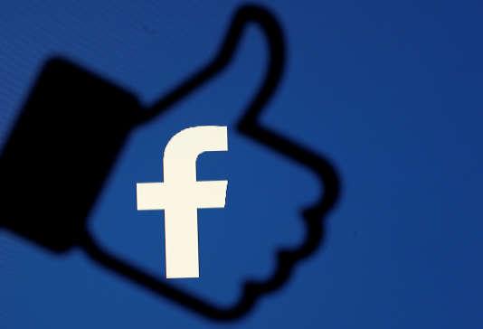 Le bouton« like» de Facebook.