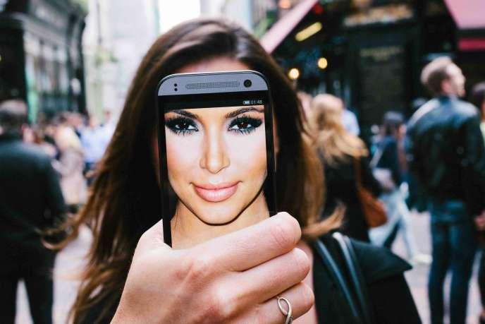 Kim Kardashian, reine du selfie, compte 113 millions d'abonnés sur Instagram.