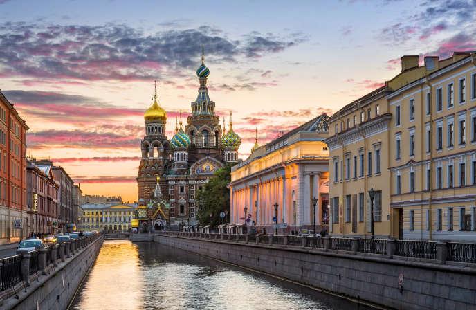 La cathédrale Saint-Sauveur-sur-le-Sang-Versé, à Saint-Pétersbourg.