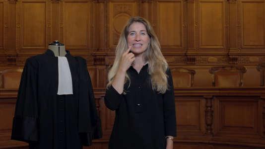 Virginie est même la première sourde profonde de naissance à avoir passé le diplôme d'avocate en France.