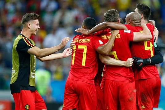 Les joueurs belges célèbrent cette victoire.