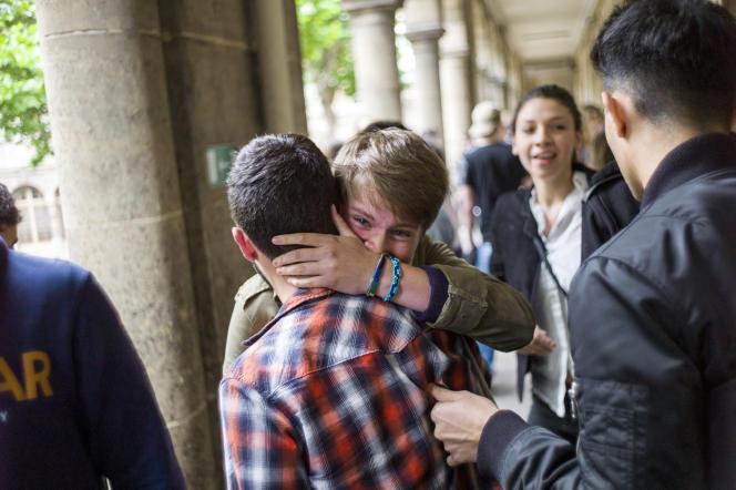 Les résultats du bac à Paris, en 2013.AFP PHOTO/FRED DUFOUR / AFP PHOTO / FRED DUFOUR