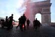 Des policiers à Paris durant le quart de finale entre la France et l'Uruguay, le 6 juillet.