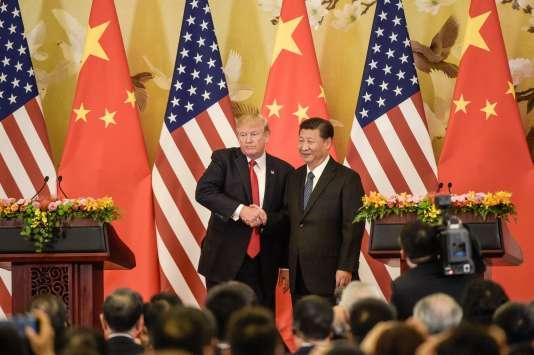 Le président des Etats-Unis, Donald Trump, et son homologue chinois Xi Jinping, le 9novembre 2017 à Pékin.