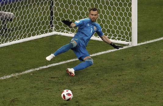 Igor Akinfeev se demandant comment encaisser 76,53 % de but.