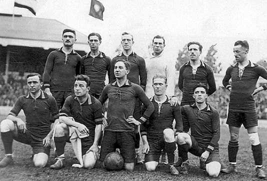 L'équipe belge victorieuse de l'ancêtre de la Coupe du monde, les Jeux olympiques 1920.