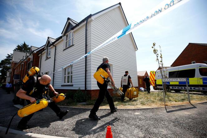 A Amesbury, au Royaume-Uni, sur le site de la contamination de deux personnes au Novitchok, le 6 juillet.