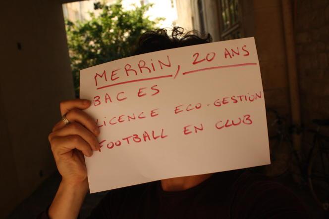 Merrin,20 ans, étudiant en éco-gestion à Paris, rêve d'être footballeur professionnel.