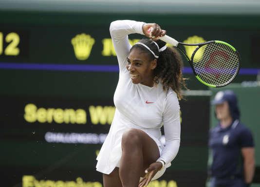 Serena Williams lors de son match face à la Russe Evgeniya Rodina, le 9 juillet 2018.