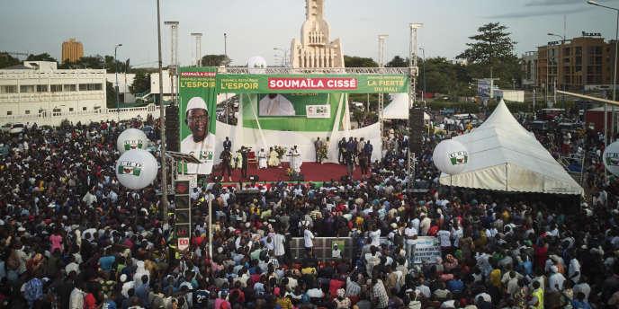 Le candidat à l'élection préisdentielle malienne Soumaïla Cisse lors d'un discours de campagne à Bamako, le 8 juillet 2018.