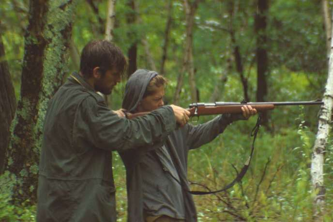 Alex Pettyfer et James Freedson-Jackson dans « The Strange Ones », de Christopher Radcliff et Lauren Wolkstein.