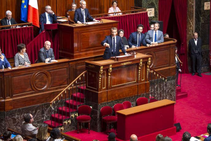 Emmanuel Macron devant le Parlement réuni en Congrès à Versailles, lundi 9 juillet.