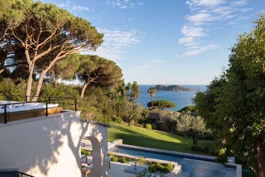Toutes les villas et les chambres de La Réserve Ramatuelle donnent sur la Méditerranée.