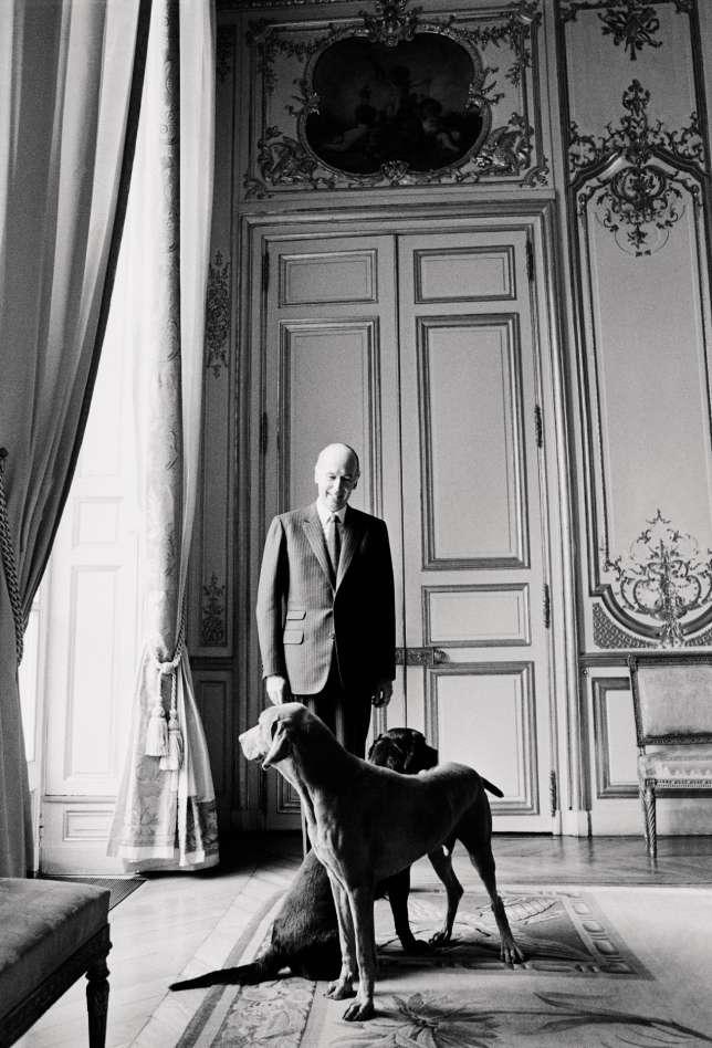 Valéry Giscard d'Estaing avec Beauty et Jugurtha, à l'Elysée, le 21 mars 1981.