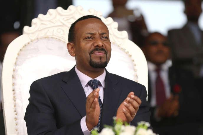 Le premier ministre éthiopien Abiy Ahmed lors d'un meeting à Ambo, dans la région d'Oromia, le 11 avril.