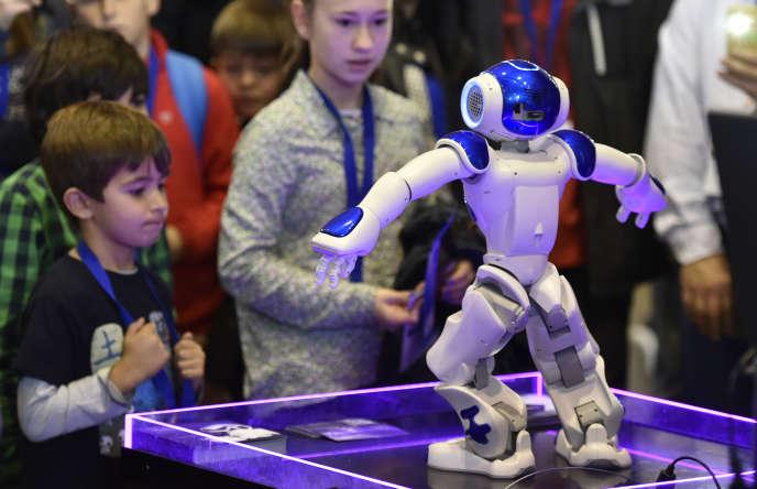 """Résultat de recherche d'images pour """"human robot, medical robot, social robot, 2018, 2019"""""""