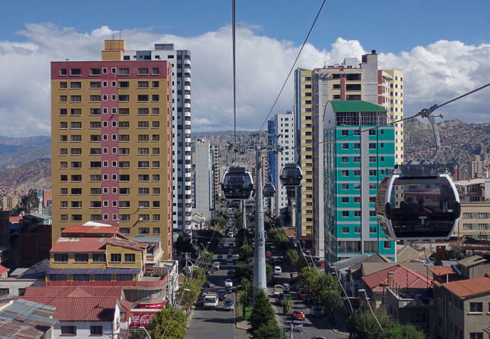 Le téléphérique urbain la «celeste»de La Paz, le 26mars.