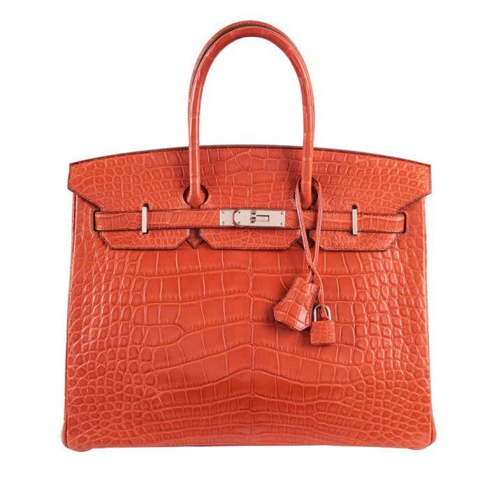 A Monaco, la traditionnelle vente de sacs Hermès e6daebab2f9