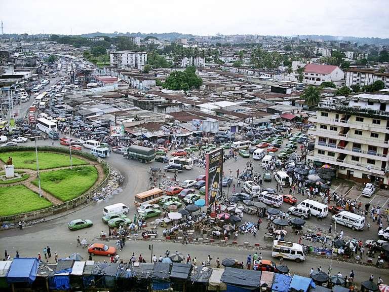 Le rond-point Liberté d'Adjamé, à Abidjan.