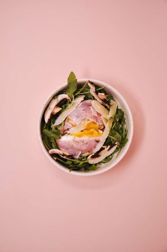 Unœuf poché enfermé dans une raviole de jambon de Paris, c'est la brillante idée d'Yves Camdeborde.