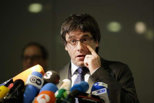 Carles Puigdemont lors d'une conférence de presse à Berlin en mai.