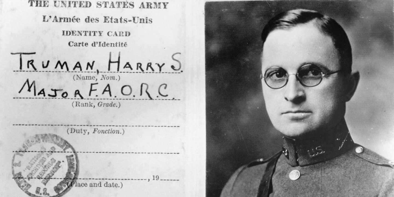 Harry S. TRUMAN 1884-1972, 33ème président américain (1945-1953), sa carte d'identité de major FAORC, pendant la Première guerre mondiale - Photo Credit: Collection Dagli Orti / Archives National Washington DC / Aurimages