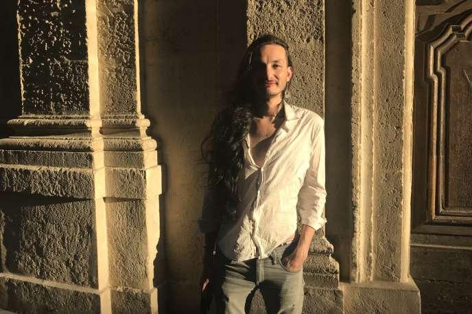 Le comédien et dramaturge Vanasay Khamphommala au Festival d'Avignon, le 11 juillet.