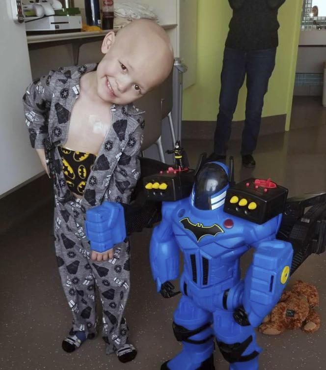 Garrett Matthias est mort le 6 juillet, d'un cancer fulgurant qui s'attaque spécifiquement aux jeunes enfants. (Emilie Matthias via AP)