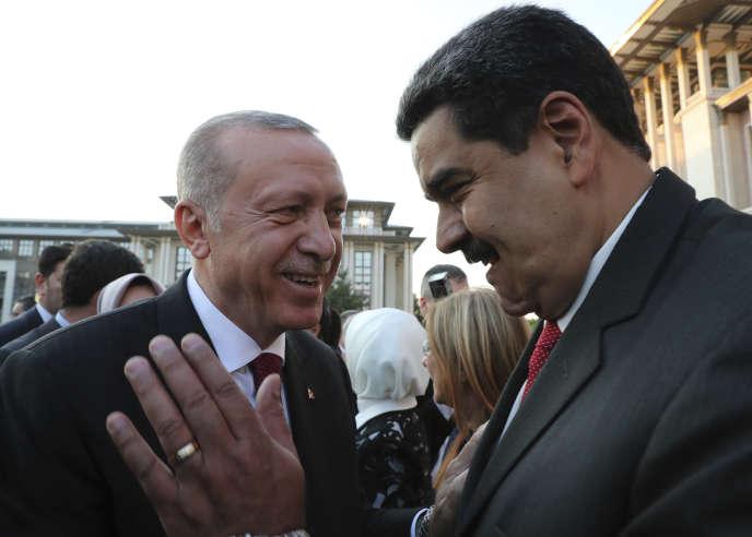 Recep Tayyip Erdogan et Nicolas Maduro au palais présidentiel turc à Ankara, le 9 juillet.