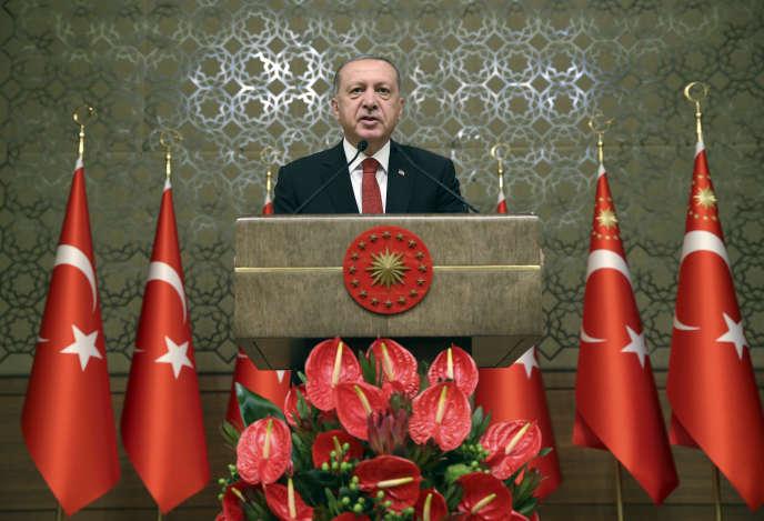 Le président turc, Recep Tayyip Erdogan, au Parlement d'Ankara, le 13 juillet. Photo fournie par le service de presse de la présidence turque.