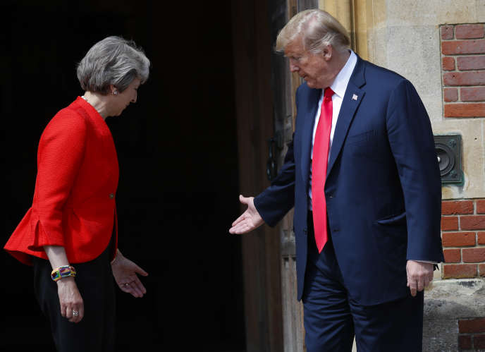 Theresa May et Donald Trump, à Chequers (Royaume-Uni), le 13 juillet 2018.