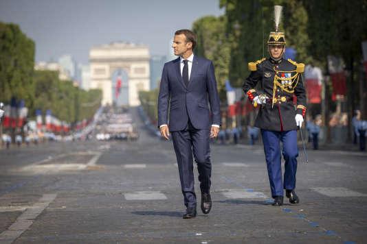Emmanuel Macron, lors du défilé militaire du 14-juillet, sur les Champs-Elysées, à Paris.