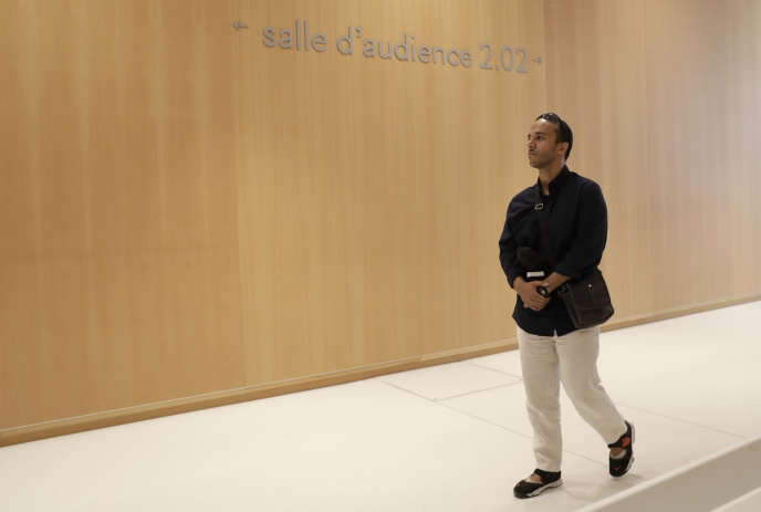 Farouk Ben Abbes, à son arrivée au procès en première instance, au Palais de justice de Paris, le 4 juillet 2018.