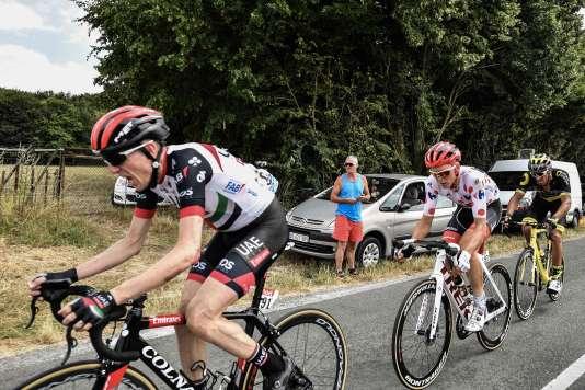 Dan Martin en poursuite après une chute, en pleine imitation de Dan Martin en poursuite après une chute.