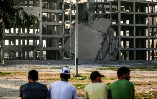 Un bâtiment détruit par les frappes aériennes visant des installations militaires attribuées au Hamas, à Gaza, le 14 juillet.