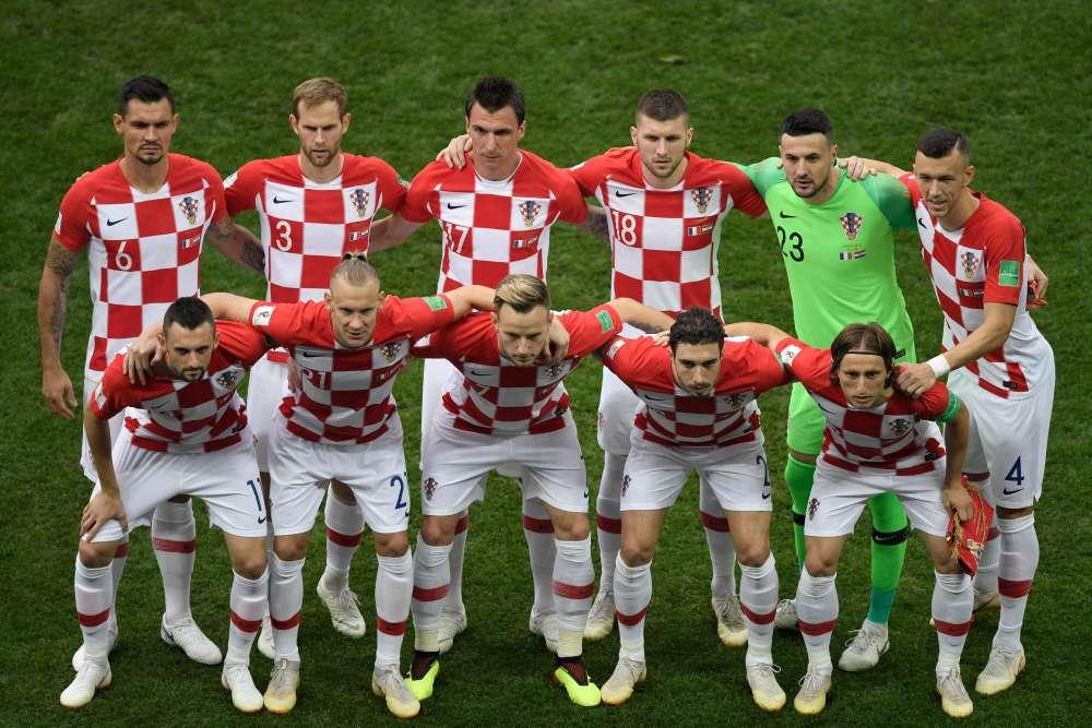L'équipe croate pose avant le début du match.